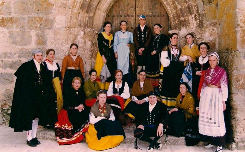 I Festival Internacional de Folclore. Grupo Folclórico de Puerro de Gumiel de Izan (Burgos)