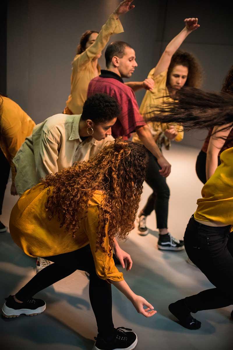 Danza contemporánea: Canela. Festas do Cristo 2021. Concello do Porriño